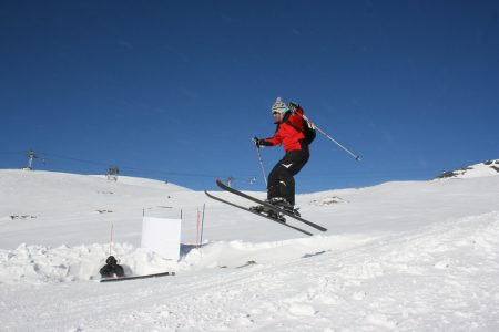 6703850997_076b188500_b_skiing-in-Les-Deux